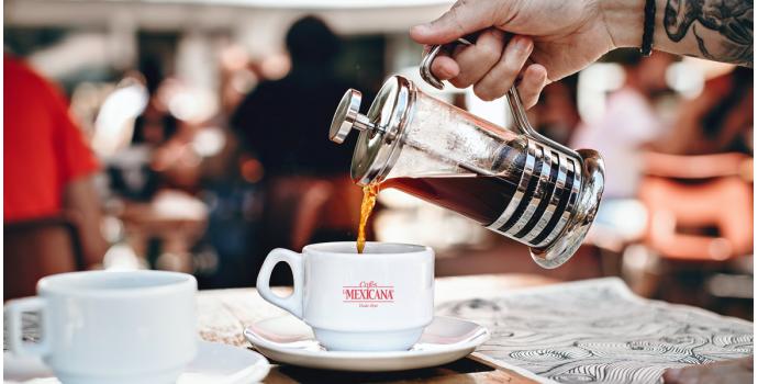Cómo preparar café en cafetera de émbolo o prensa francesa